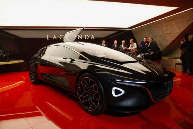 Ultima mașină de curse Aston Martin vă va lua ochii