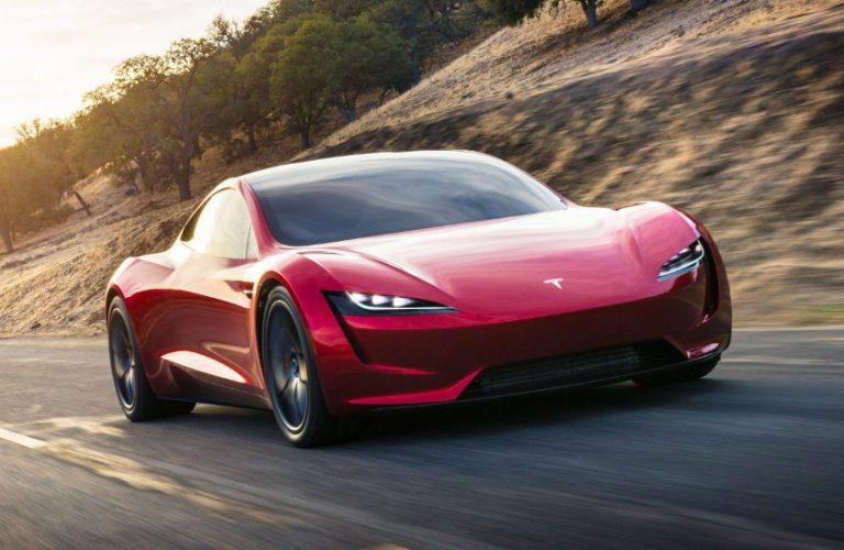 Tesla Model S găsită în flăcări într-o parcare subterană
